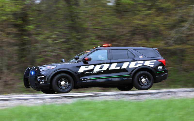 We Drove Two Laps In The New 2020 Ford Explorer Hybrid Cop