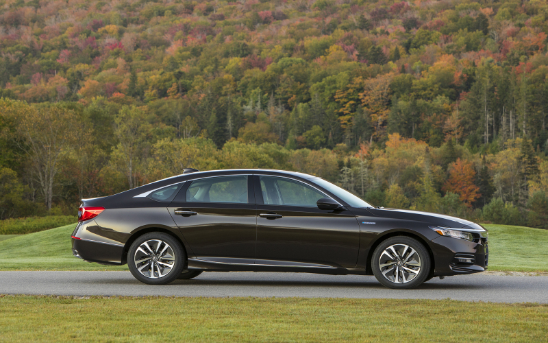 2020 Honda Accord Hybrid On Sale Now: 3 Things Shoppers