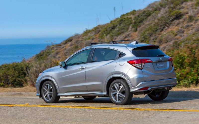 Comparison - Honda Hr-V Touring 2019 - Vs - Volkswagen T-Roc